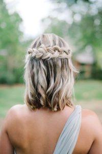 Peinado para fiesta en cabello corto